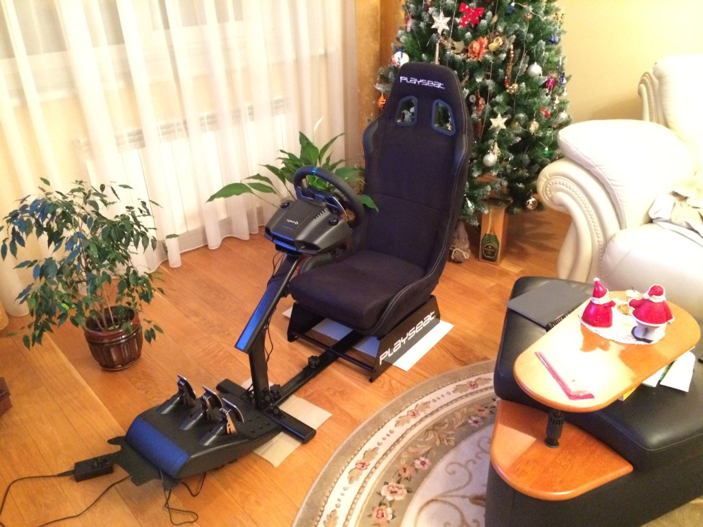 Playseat Alcantara and Logitech G29